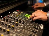 2次会 音楽 DJブース