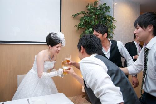ウエディングドレス35000円〜ご用意可能♪