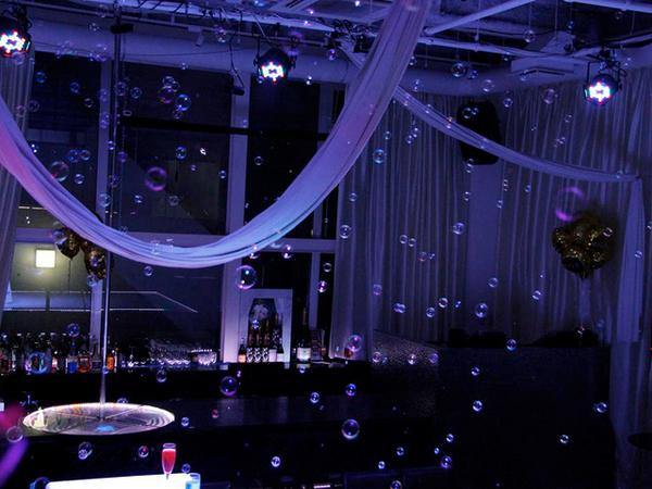 キラキラに輝くシャボン玉の空間★オシャレなパーティーを実現!