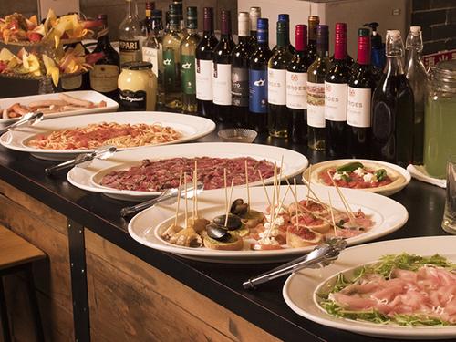 イタリアンベースのビュッフェをご用意