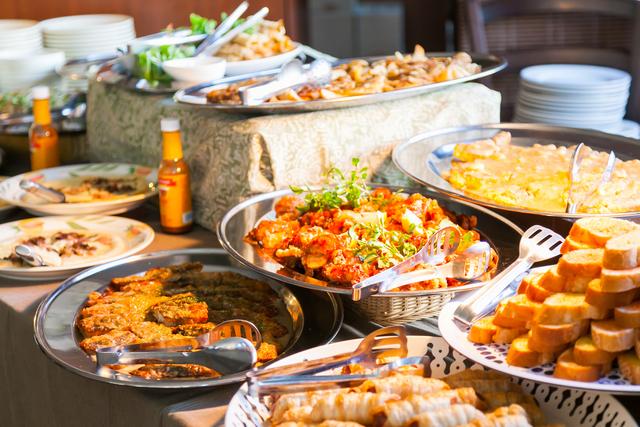 パーティコースは無国籍の創作料理をご用意