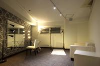 控室(8階)